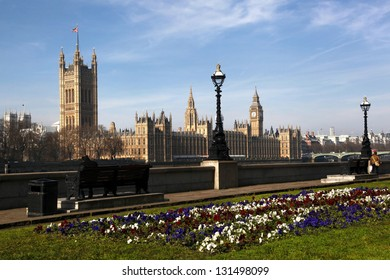 Big Ben with houses of Parliament in London, England