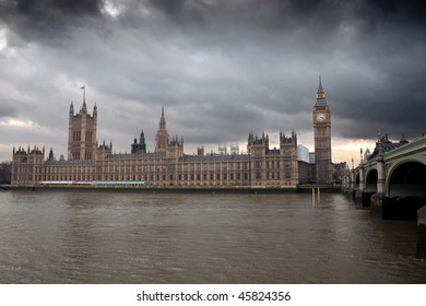 The Big Ben and the Houses of Parliament in London with a dramatic cloudy sky