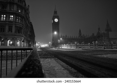 Big Ben in London in stormy winter