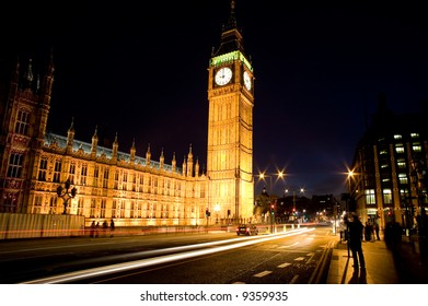 Big Ben in London with traffic. Long exposure with movement