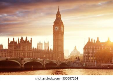 Big Ben und Westminster bei Sonnenuntergang, London, Vereinigtes Königreich