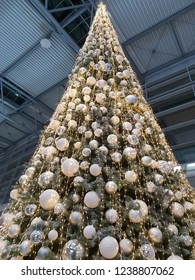 the big bright christmas tree