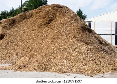 big bunch of bark mulch