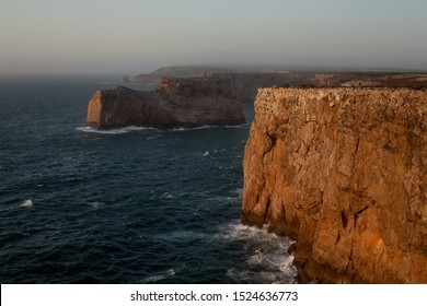 Big cliffhangers in sagres, portugal