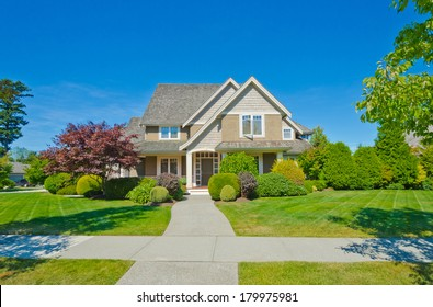 Home Large Front Yard Images Stock Photos Vectors Shutterstock