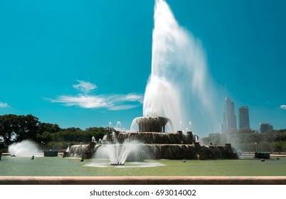 Big fountain in Millennium Park, Chicago Downtown