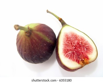 Big Fresh Figs (Close-up, cross-section with life-like colors)