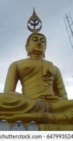 Big Golden Buddha acknowledge and wish