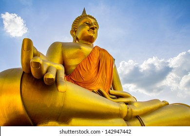 big Golden Buddha and Blue Sky