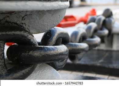 Big iron ship chain string