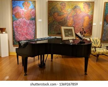 Big Island - October 20, 2018:  Piano Inside The Isaacs Art Center.  The Isaacs Art Center is an art museum and retail gallery in Waimea on the Island of Hawaii.