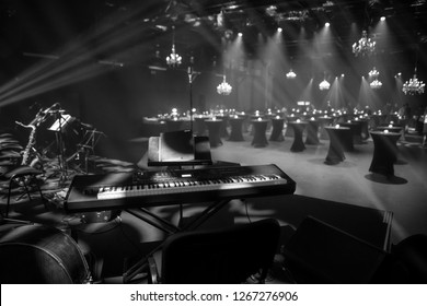 Big jazz band stage setup ready for a live performance
