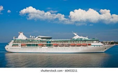 Big luxury cruise ship