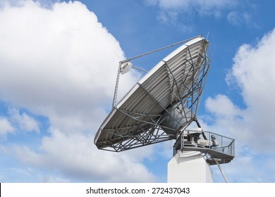 Big radar parabolic radio antenna global telecommunication technology equipment for information data streaming broadcast