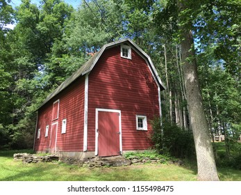Big red barn in the Pennsylvania countryside.