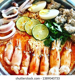 Big seafood noodle delicious from Thailand tomyam