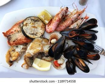 Big seafood platter
