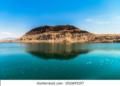 A big sedimentary rock formation alongside the Lake Mead, national recreation area, Nevada.
