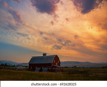 Big Sky country Montana barn scene