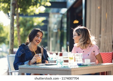 Big smile is the best jewerly a women can wear and a best friends is the best gift fate can give you.