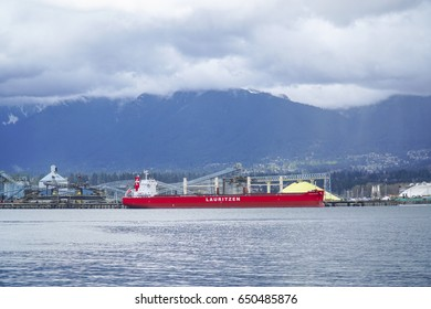 Big Vessel in Vancouver harbour - VANCOUVER / CANADA - APRIL 12, 2017
