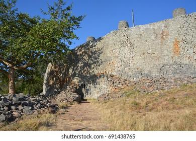 Big wall of the Great Enclosure, Great Zimbabwe,