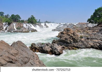 Big waterfall in Mekong river, Have a big rock and Water rapids.
