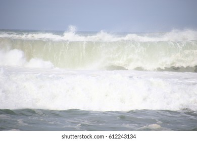 The big wave forming