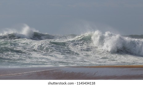Big waves in a empty beach from the north of Portugal.
