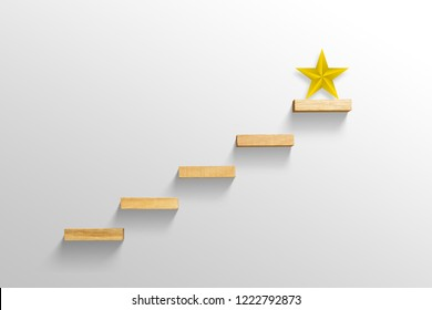 gran estrella amarilla en escalera, concepto de éxito empresarial