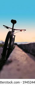 bike with thrill in the morning