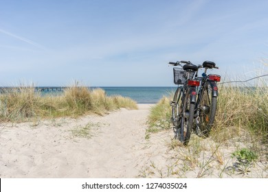 Bike tour by the sea