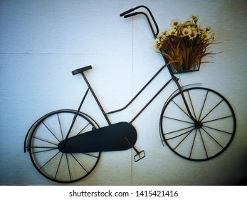 Bikes and flower bouquets that adorn the room at Coffee shops, cafés, nature-oriented and beautiful gardens, while sipping coffee and delicious food, Sattahip District, Chon Buri, Thailand