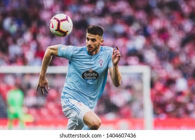 Bilbao, Spain. 06th May, 2019. Pais Vasco. San Mamés. Liga santander. Athletic Bilbao v RC Celta de Vigo: Wesley Hoedt (#12) follow the air ball during the game.