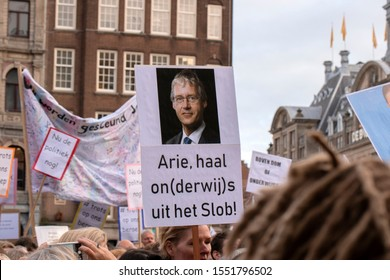 Billboard Arie, haal on(derwijs) uit Het Slob At The Education Demonstration On The Dam The Netherlands 2019