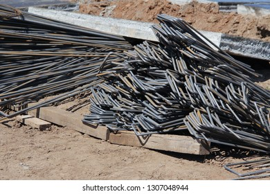 Billets of reinforcement. Production of parts for concrete work during the construction of the building.