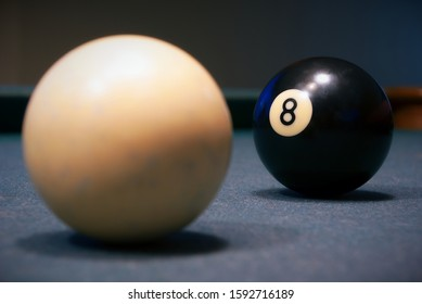 billiards pool 8 ball and white snooker game