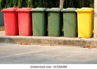 bin color, type of bins