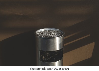 Bin stainless and ashtray