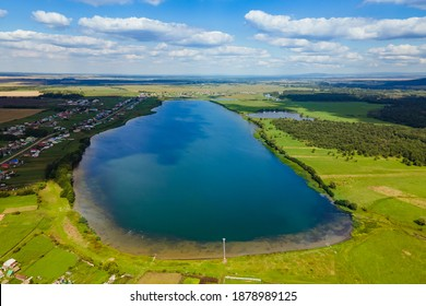 bird's eye view of the lake on a sunny summer day