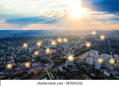 Vogelperspektive Moskaus mit Netzanschlusskonzept, Internet-of-thing-Konzept