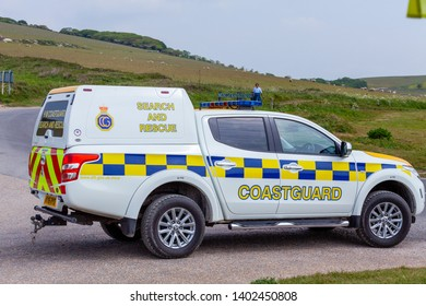 Birling Gap, Sussex, UK. 20th May 2019. HM Coastguard along with Royal Navy Bomb Disposal team are deployed after the discovory of an unexploded shell at the foot of Beachy Head