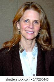 Birmingham, UK. Lindsay Wagner appears at the 11th  'Autographica', the worlds largest autograph show, at the Birmigham Hilton Metropole. 19 April 2008