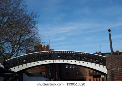 """Birmingham, West Midlands, UK - 02.03.2019: Regency Wharf/ Brindaly Place on the Birmingham Canal"