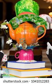 Birthday banquet with Wonderland concept