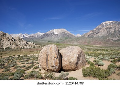 the birthday boulders in the Buttermilk country near Bishop California with Mount Humphreys Basin Mountain and Mount Tom behind