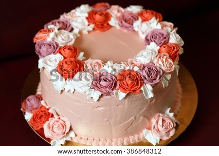 Birthday Cake With Red Roses