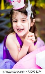birthday party girl princess