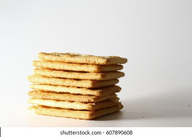 Biscuit Crackers / Biscuit is a term used for a diverse variety of baked commonly flour based food products