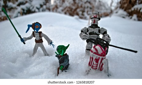 Bishkek. Kyrgyzstan. December 2018. Master Yoda and one of the young twi'lek Padawan, with trooper and astrodroid R3T4. A secret operation on the cold planet Hoth. Handmade fanart.
